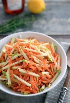 sárgarépa karalábé saláta pirított szezámolajjal